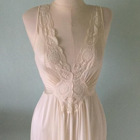 Olga Intimates & Sleepwear   Vintage Gown   Poshmark
